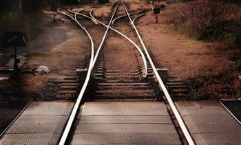 choosing-direction-train-rails